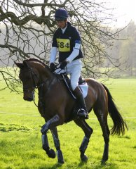 Weston Spring 2011, William Fox-Pitt enters the warm-up area